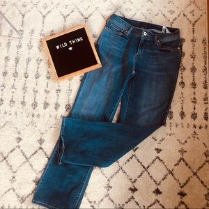 Bootcut medium wash Levi jeans comfy casual chic